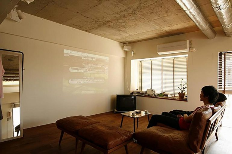 ソファとシアターとリノベーション。「ないなら、つくる!」家づくり
