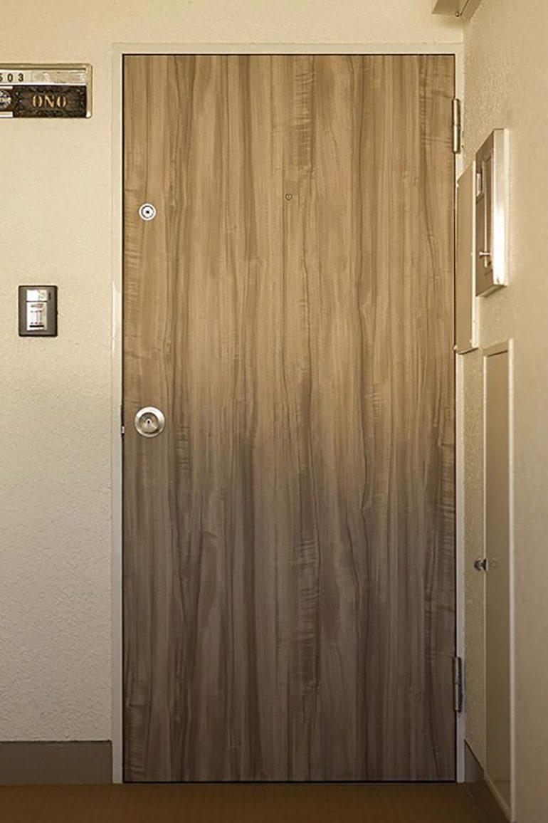 珪藻土の壁、芯古材の床でつくる、肌触りの良いヴィンテージ