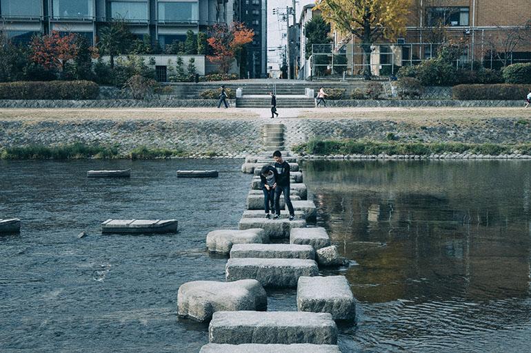 まちとくらしの再構築〈TSUGU 京都三条〉
