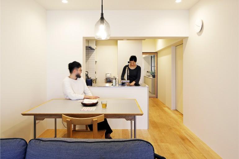 明るいアトリエと開放的な居室空間