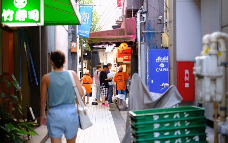 風、ひと、酒-横須賀【前編】2つの国が混ざり合うカオスを体験する街
