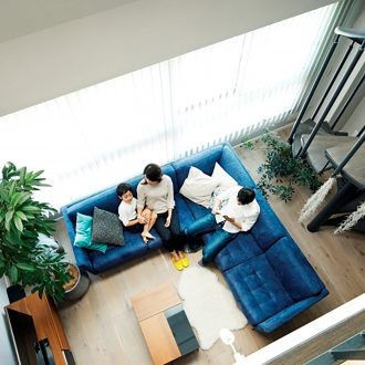 内階段がアクセント。美しいメゾネット空間3選